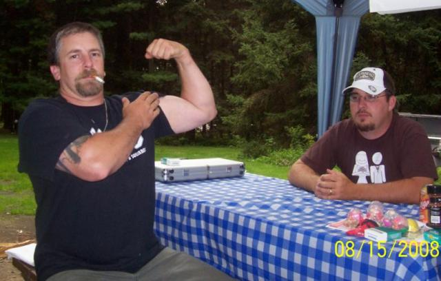 Bubba woops bent at arm wrestling(Cougar your next)